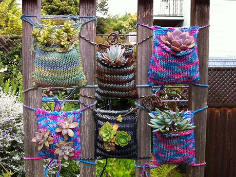 Yarn pockets