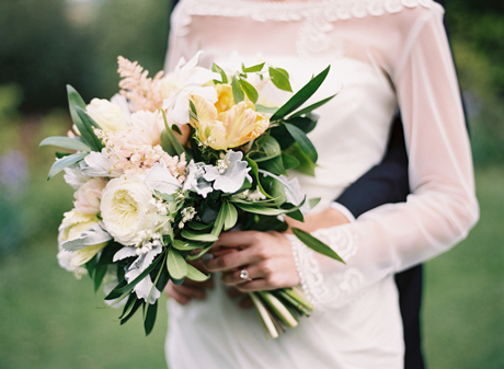 soft-elegant-wedding-bouquet-ideas