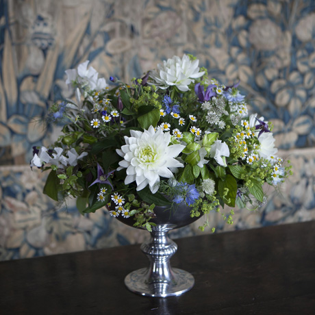 Vase with white chrysanthemum