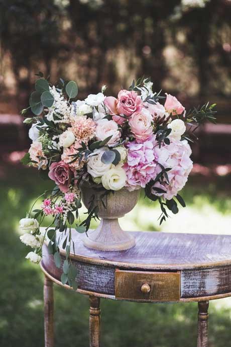 summer-flowers-hydrangeas-roses