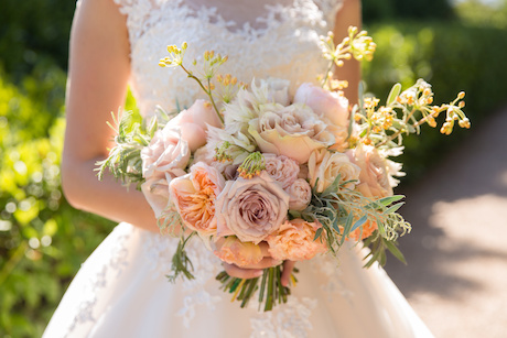 beautiful peach wedding bouquet